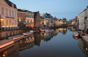 Tourist Guide in Ghent and Bruges Anna